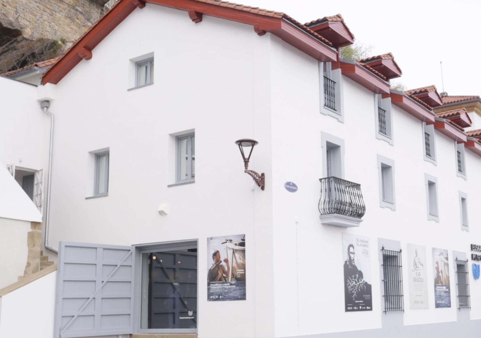 imagen moderna del edificio del museo